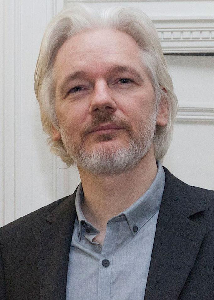 Assangea tukevat Amnesty International, Human Rights Watch, Noam Chomsky, Glenn Greenwald, Craig Murray ja Giánis Varoufakis