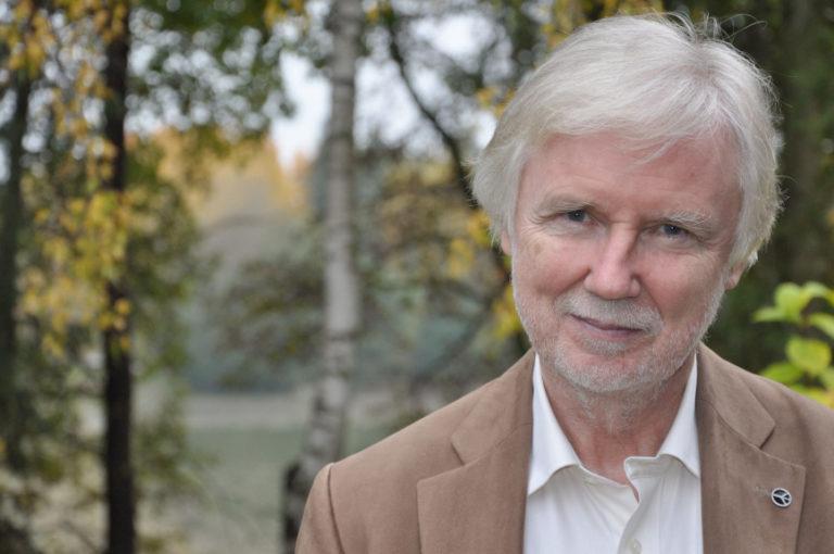 Tuomioja pohtii puolueen uudistamista ja punavihreän yhteistyön syventämistä