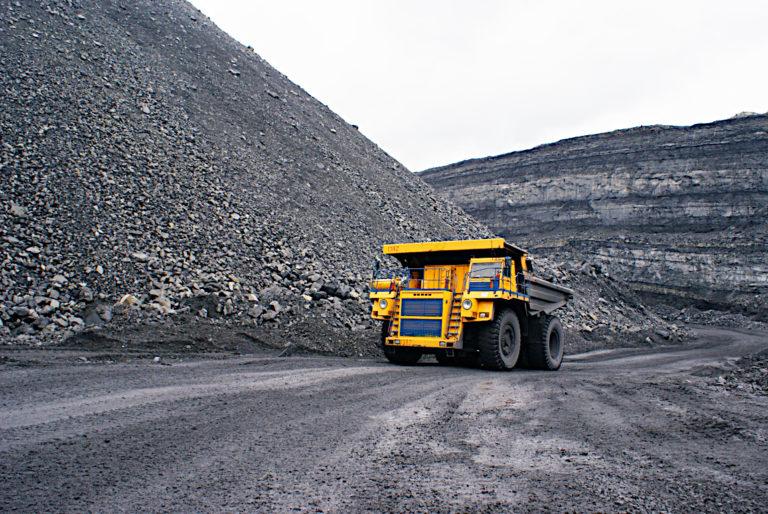 Kaivoslaki-kansalaisaloitteella on kiire