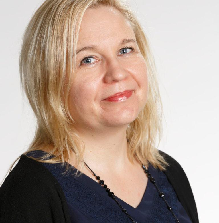 Anna Pärnänen: Kokonaiskuva lomautettujen ja työttömien määrästä on karua katsottavaa