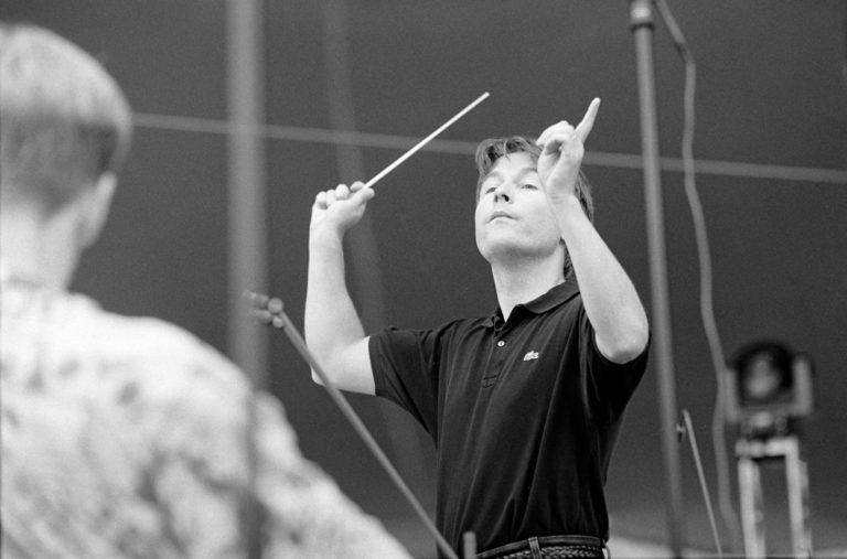 Long Playn artikkelissa Esa-Pekka Salosen mietteitä Wagnerista ja nykyajan tuhoenteistä
