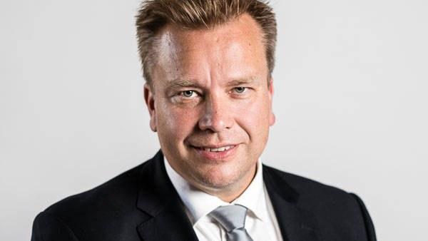 Antoiko ministeri Kaikkonen luvan USAn ja Britannian sotajoukoille liikkua Suomen Lapissa?